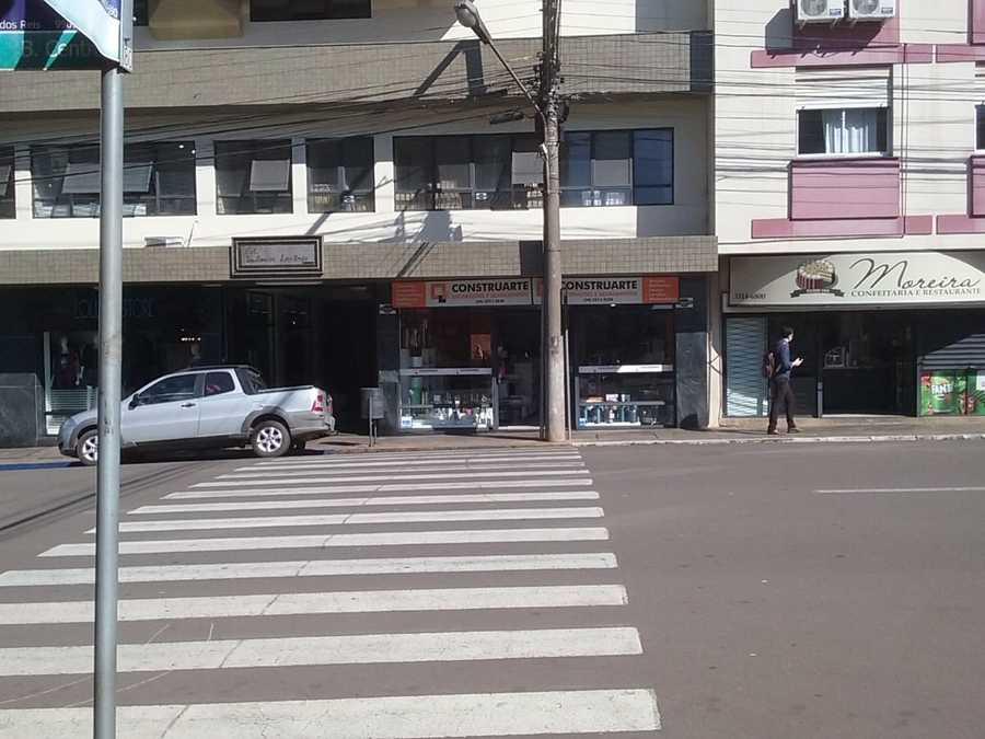 Sala Comercial, Térrea