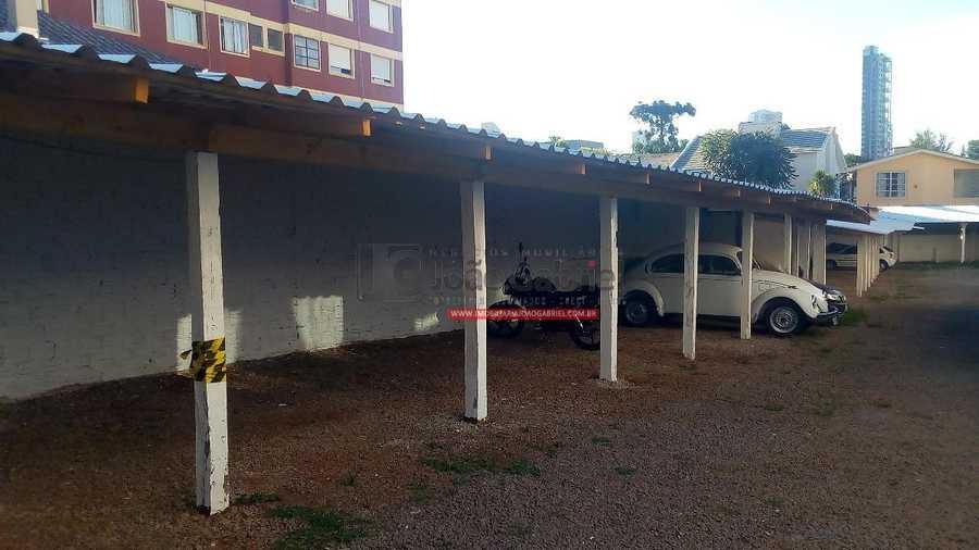 Box de Garagem, Carro