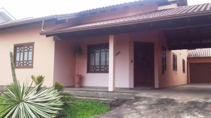 Casa, 03 Dormitórios